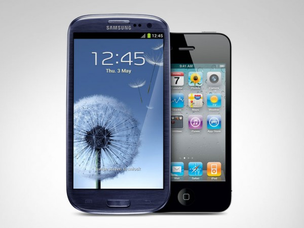 iPhone 4 loses top spot to Galaxy S III