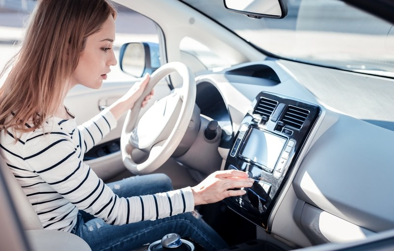 How Modern Vehicle Technologies are Working to Prevent Accidents