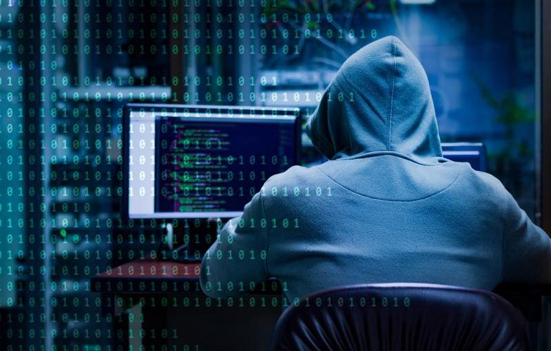4 Ways You Can Use Technology to Protect Yourself From Hackers