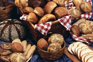 Bread and rolls (Agricultural Research Service/USDA)
