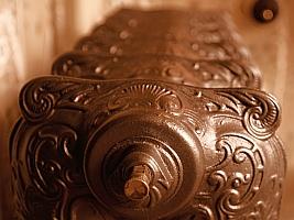 Old radiator (Geert Schneider/Flickr)