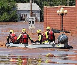 Flood rescue boat (Marvin Nauman/FEMA)