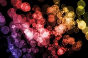 Colored bubbles (Pasaje Moda/Flickr)