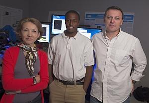 L-R: Ekaterina Lukianova-Hleb, Martin Mutonga, and Dmitri Lapotko. (Jeff Fitlow, Rice University)