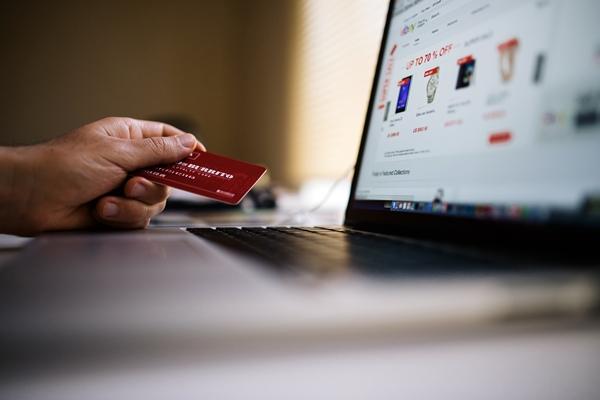 Credit card, keyboard