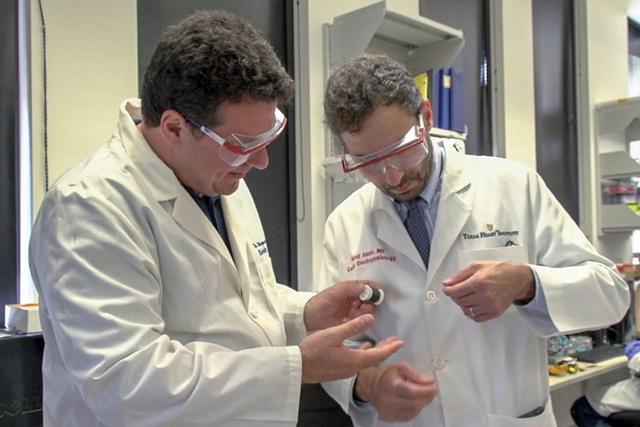 Inspecting a fiber