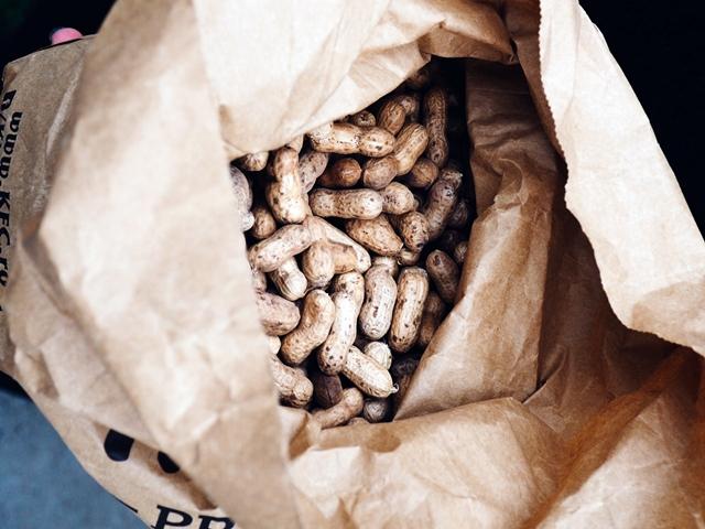 Bag of peanuts