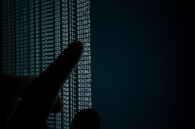 Data pointing finger