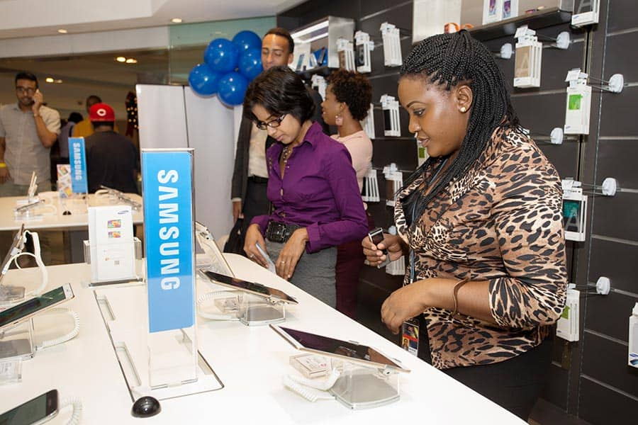 Media practitioners Nadaleen Singh (left) and Leah Sorias at Samsung's new Experience Store at Westmall. Photograph courtesy Peter Limchoy