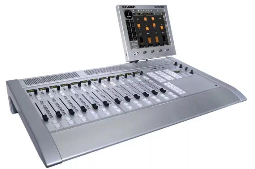 Console numerique broadcast Studer OnAir 2500