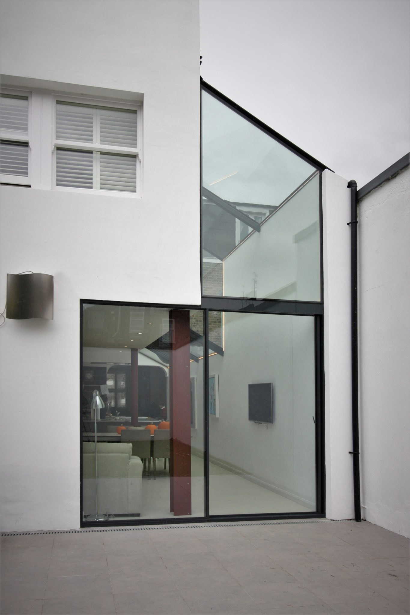 Glass side infill extension