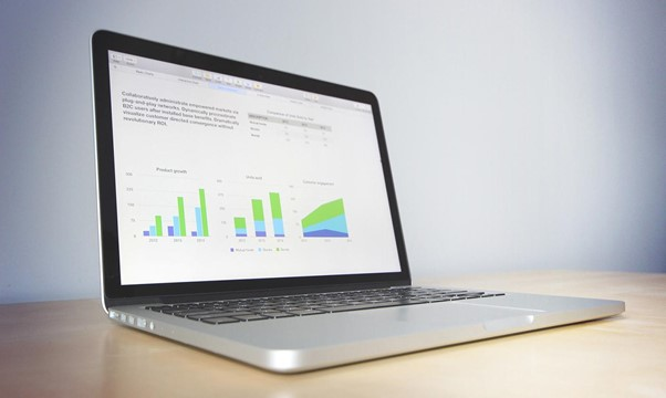 how to become a Big Data specialist