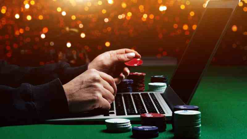 Which online casino games offer the best odds?