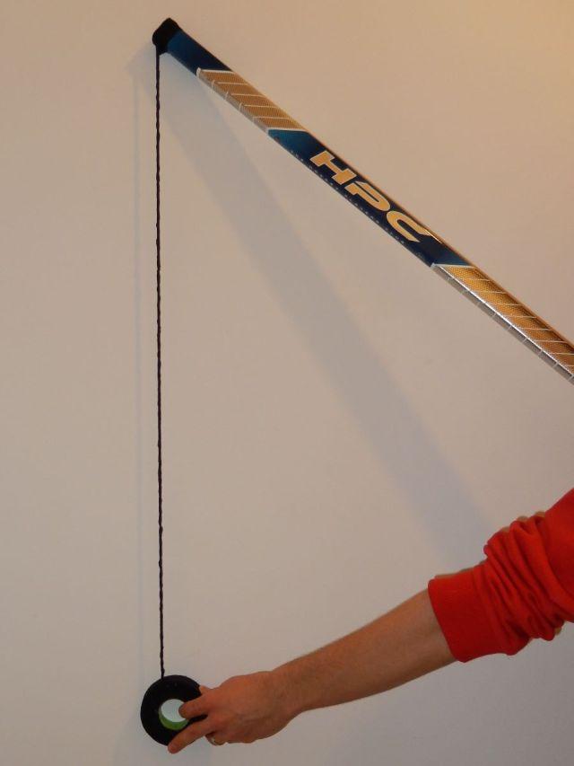 Comment taper le manche de son baton de hockey 6