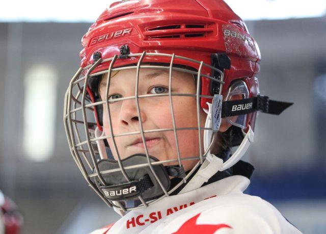 Jeune joueur de hockey