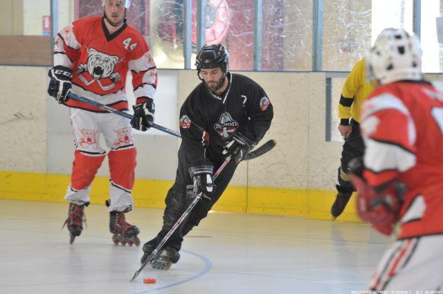 Joueur de roller hockey - Seynod RILH - Photo par F. de Bernis