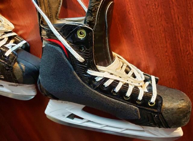 Patins de hockey, par Linnaea Mallette