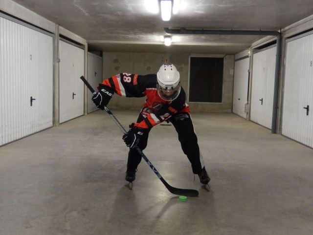 Recevoir une passe dans les patins - Statique avec la palette - Technique Hockey