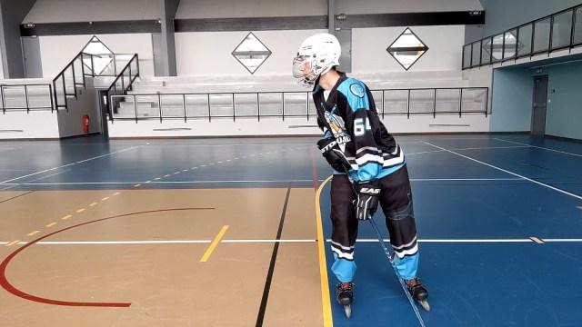 Virage, épaules et tranfert de poids - Transfert de poids sur la jambe intérieure au virage - Technique-Hockey