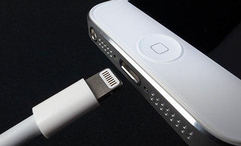 iPhone8では高速充電で充電時間短縮!?iPhone8の電源アダプタに関する噂!