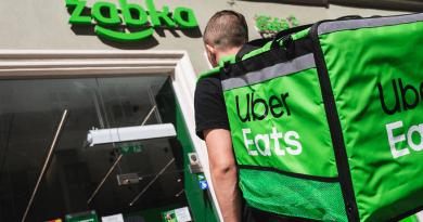 Żabka i Uber Eats