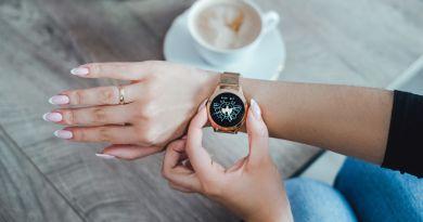 Maxcom FW42 - smartbandy i smartwatche