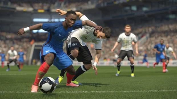 تحركات طبيعية للاعبين