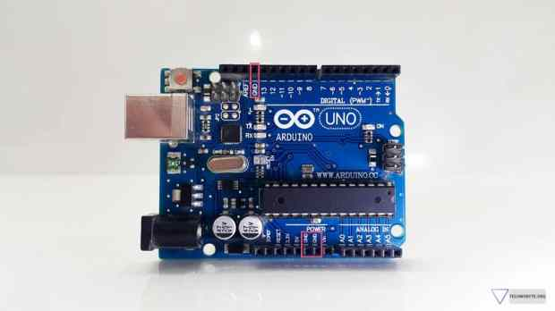 Arduino Uno - 3 ground pins