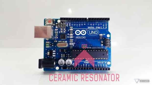 Arduino uno - Ceramic resonator