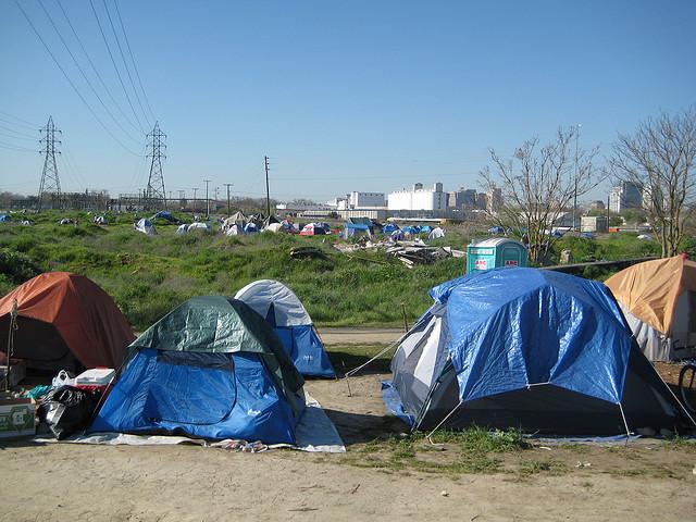 sacremento-tent-city