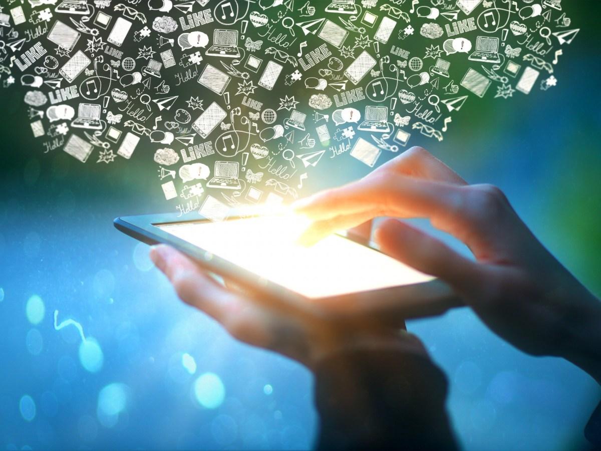 Mobile data 123RF