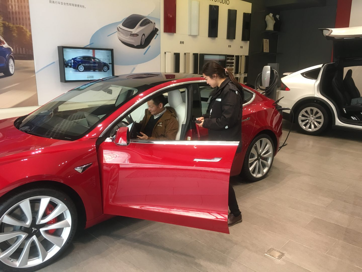 Tesla inches closer to Model 3 mass production at Shanghai Gigafactory