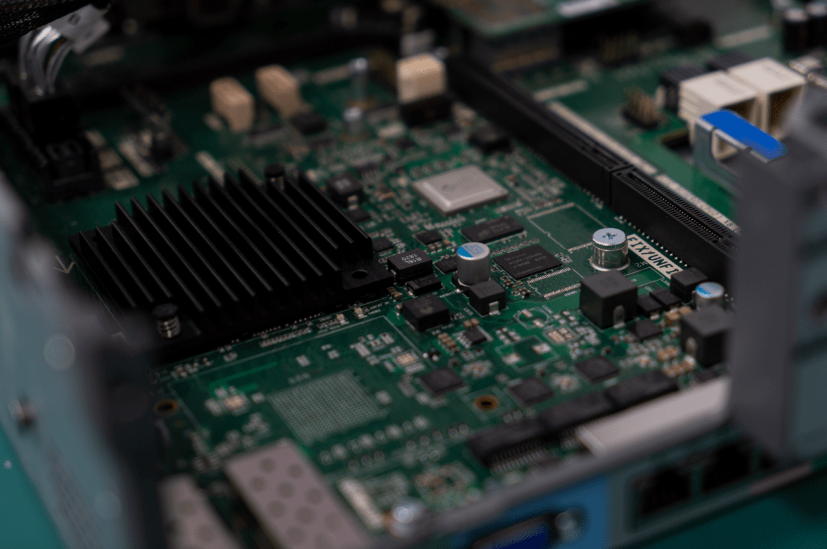SMIC chips Huawei semiconductor