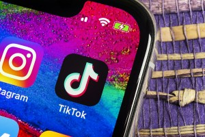 Tiktok apologizes for 'glitch' that blocked Black Lives Matter hashtag