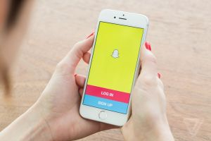 how to delete snapchat account on iphone