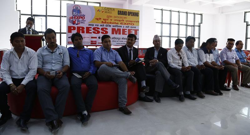 ललितपुरमा पहिलोपटक मोबाइल एक्स्पो हुँदै, मोबाइल खरिदमा ७० प्रतिशतसम्मको छुट