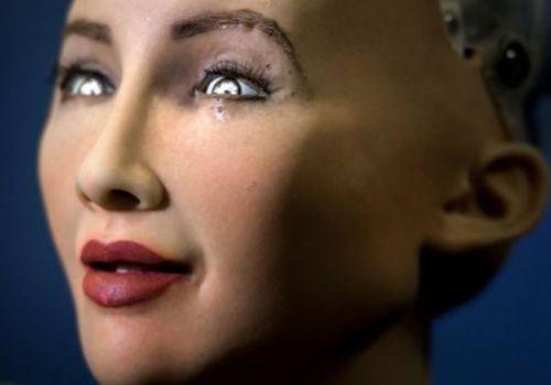 विश्वको पहिलो रोबोट जसले देशको नागरिकता प्राप्त गरिन