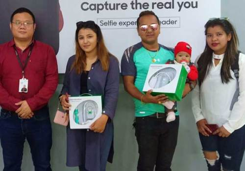 ओपोद्वारा 'एआर–सेल्फी कन्टेष्ट'का विजेताहरु पुरस्कृत