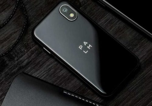 क्रेडिट कार्डको साइज जत्रो आकारको स्मार्टफोन 'पाल्म' सार्वजनिक, मूल्य भने ३५० अमेरिकी डलर