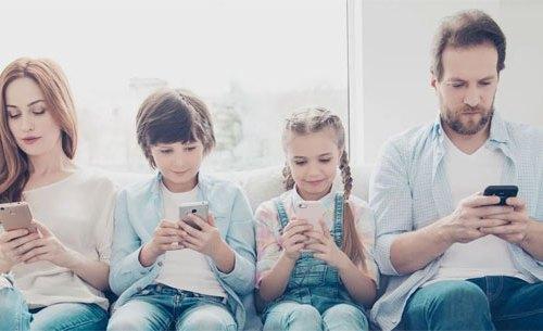स्मार्टफोनको गलत प्रयोगले गर्दा मनोवैज्ञानिक विकार, २३ प्रतिशत बालबालिकाहरु प्रभावित