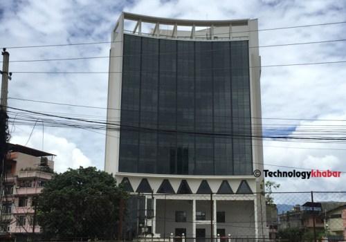 एनसेल फोरजीको लागि देशभर ३३ सय बढि बिटिएस टावर, तीन महिनामा १२ वटा मात्रै थपिए