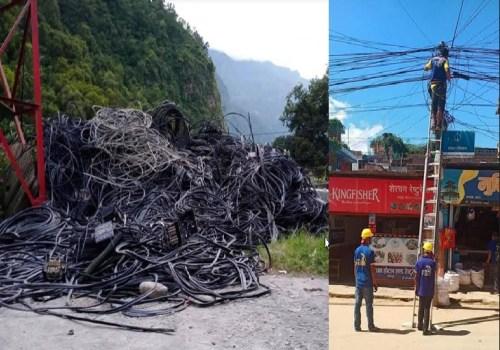टेलिकमले बागलुङमा झुण्डिएका टेलिफोन र इन्टरनेट तार निकाल्दै, पोल भाडा नदिनेको पनि हटाउने