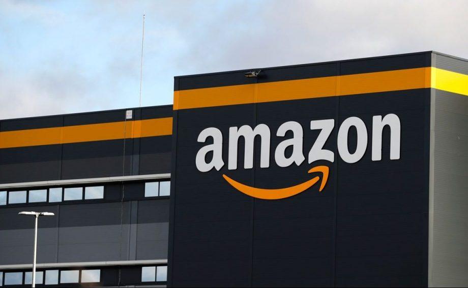 ईकमर्स कम्पनी अमेजनले आफ्नो फायर टिभी स्टिक भारतमा नै उत्पादन गर्ने