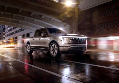 फोर्डको एफ १५० लाईटिनिङ्ग अल इलेक्ट्रिक पिकअप ट्रक, मूल्य ४० हजार डलरबाट शुरु