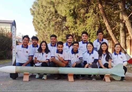 नेपाली युवाले बनाएको गरुड रकेटले अमेरिकामा पायो 'न्यान्सी स्क्वायर्स् टिम स्पीरिट अवार्ड'