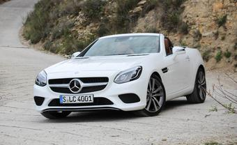 2017-mercedes-benz-slc-class-first-drive-review-car-and-driver-photo-666743-s-340x208