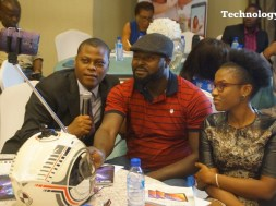 people-seen-taking-selfie-at-a-mobile-phone-launch-in-lagos-2