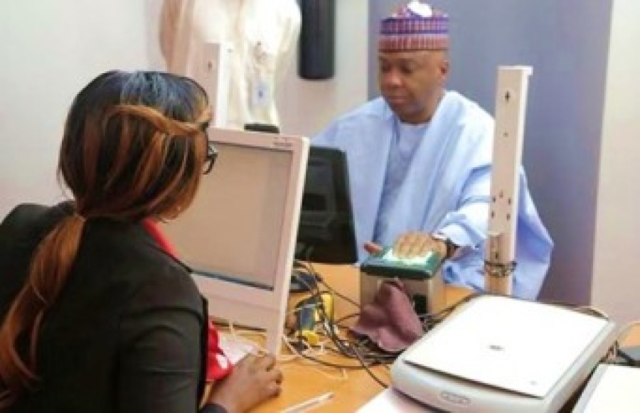 Bukola Saraki, Senate President enrolls for Nigeria National ID in Abuja