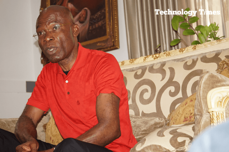 LeoStan Ekeh, Chairman of Zinox Group, seen in picture during interview with Technology Times at his home in Ikoyi, Lagos, tells us he carries stitches seen on his arm from an automobile accident that nearly cost his life. Photo by Kehinde Sonola/Technology Times