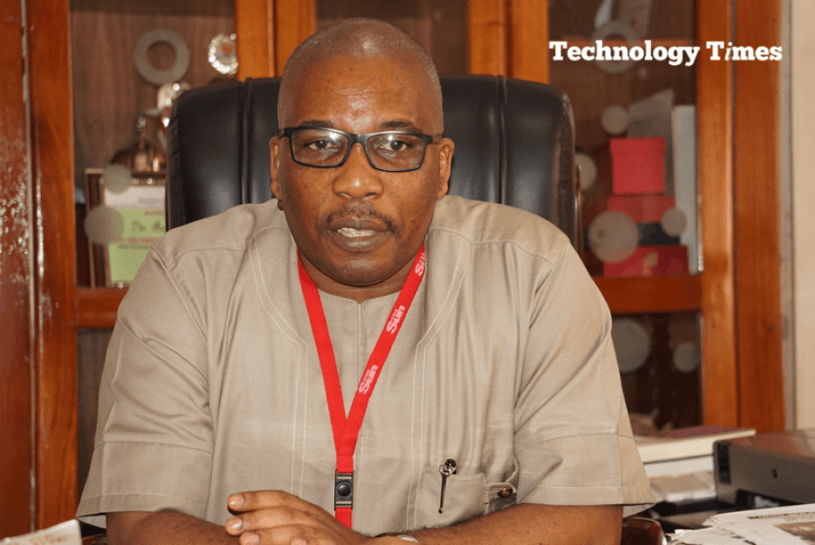 Let's put our house in order: Mr Eric Osagie, Managing Director/Editor-in-Chief of The Sun Newspapers advises industry stakeholders to do the housecleaning to check the negative side of online media. Photo by Technology Times